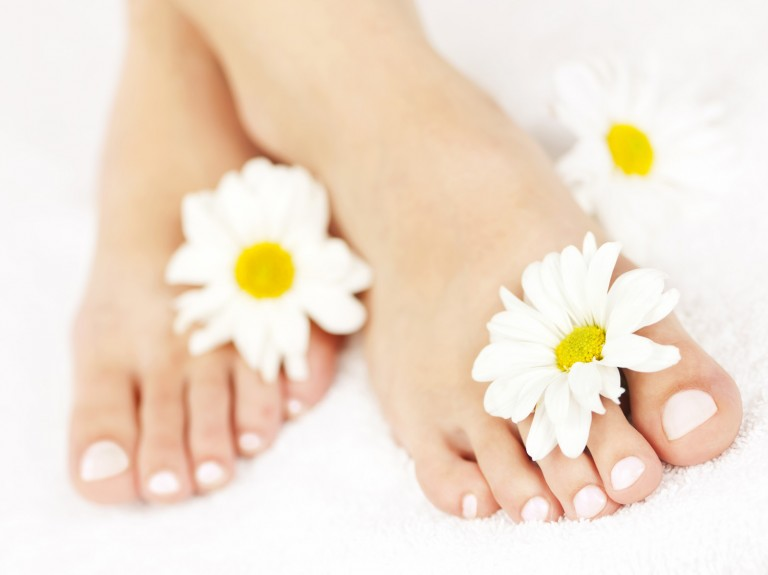 Secret To Helps You Have Beautiful Feet In Summer