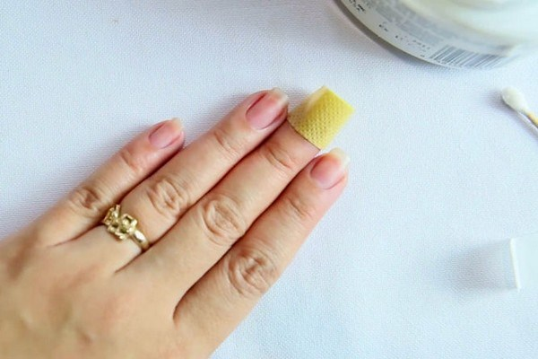 Scratch Nails Care Shoots Diamonds
