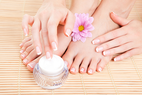 Nail Care To Prevent Cracking Nails